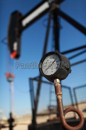 close up of gauge on oil