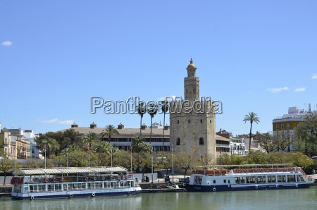 sevilletorre del oro by the guadalquivir