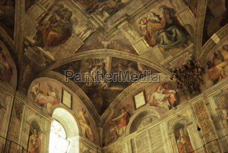 passeio viajar religioso igreja cor capela