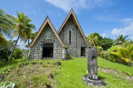 paseo viaje religion iglesia monumento culturalmente