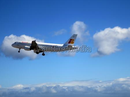 fiesta vacaciones turismo linea aerea canario