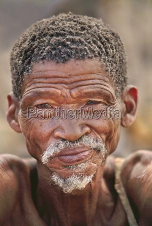 africa masculino retrato al aire libre