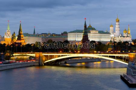 torre paseo viaje arquitectura historico ciudad